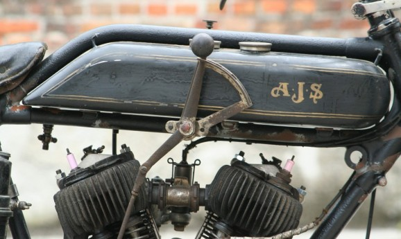 AJS/ Ariel/ BSA/ Matchless/ Norton/ Rudge/ Sunbeam/ Velocette  or other british Type