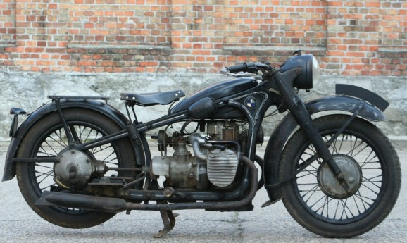 BMW R12 Barn Condition - sold to USA-