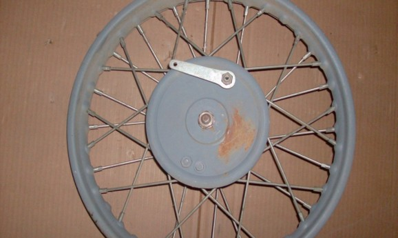 BSA Sloper / E30-14 770cc Front Wheel