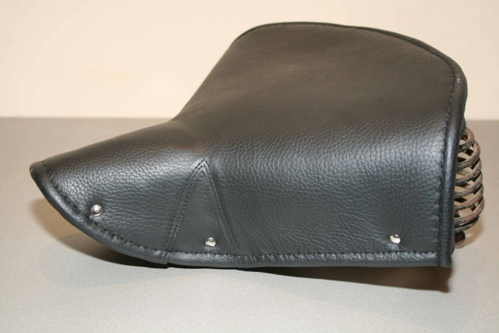 motomania parts details terry saddle with leather